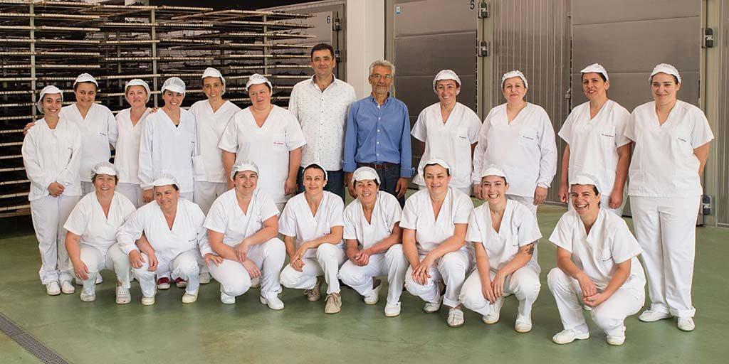 Gruppenfoto des Das Algamar-Teams