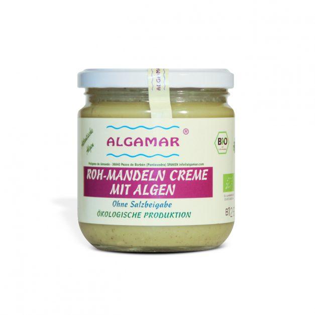 Mandelcreme mit Algen