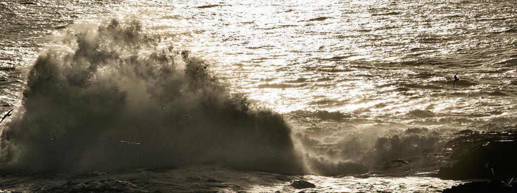 Foto von Atlantikküste in Abendstimmung