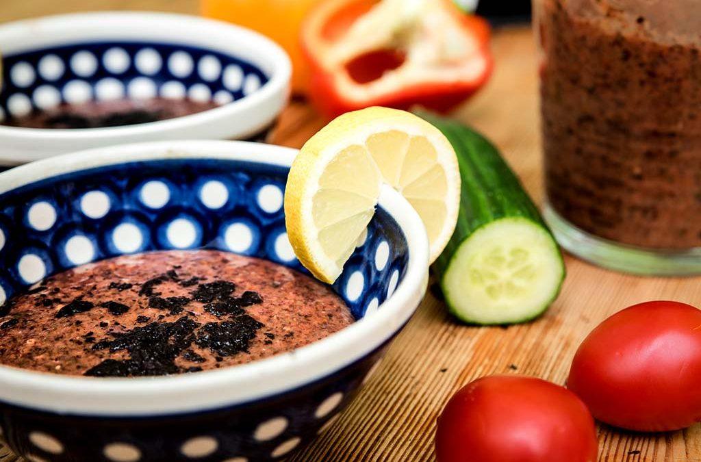 Sommer-Gazpacho mit Nori-Algen — raw, vegan
