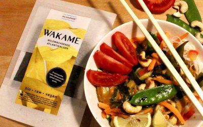 Thai Curry-Nudeln mit Wakame-Algen von Algamar