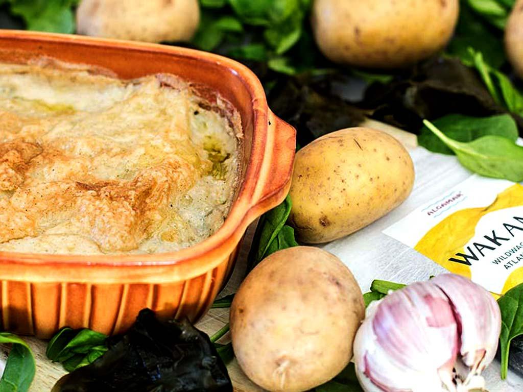 Foto eines Wakame Kartoffelauflaufes mit Babyspinat