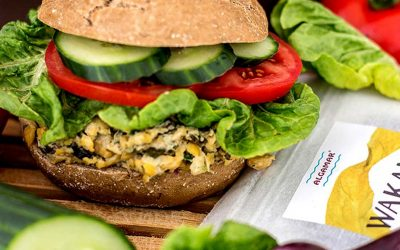 Veganer Burger mit Kichererbsen-Wakame-Patty